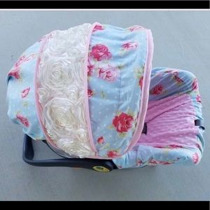 Graco custom baby girl infant car seat cover